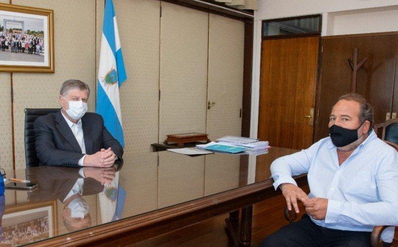 El gobernador de La Pampa analiza nuevas obras para municipio
